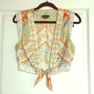 Bebe Crop Top Short Sleeve Pattern Size XS
